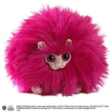 The Noble Collection Harry Potter Pygmy Puff Plush in Pink